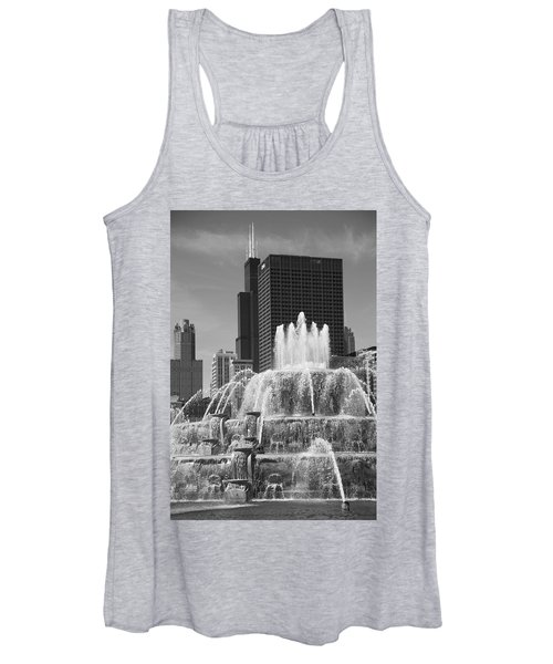 Chicago Skyline And Buckingham Fountain Women's Tank Top