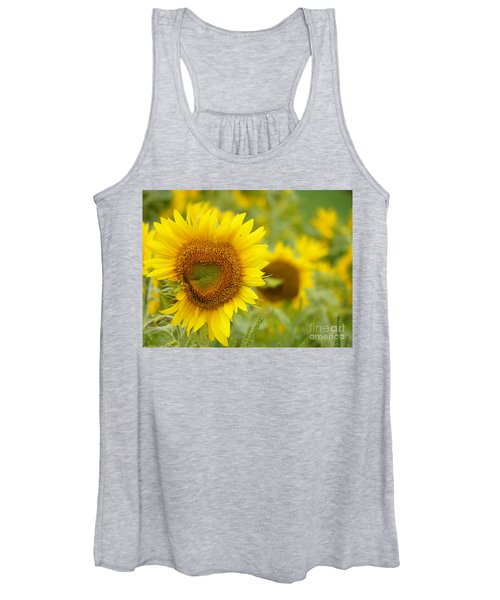 #933 D968 Colby Farm Sunflowers Heart Shaped Love Women's Tank Top
