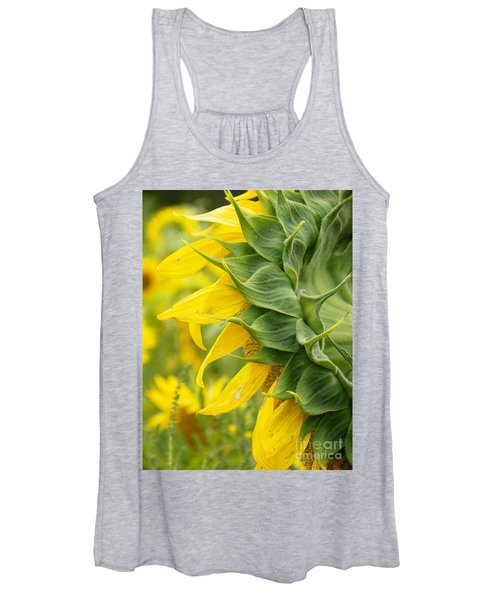 #933 D973 On Looking Colby Farm Sunflowers Women's Tank Top