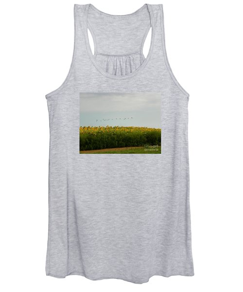 #933 D976 Geese Flying Over Colby Farm Sunflowers Women's Tank Top