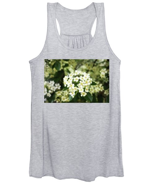 A Thousand Blossoms 3x2 Women's Tank Top