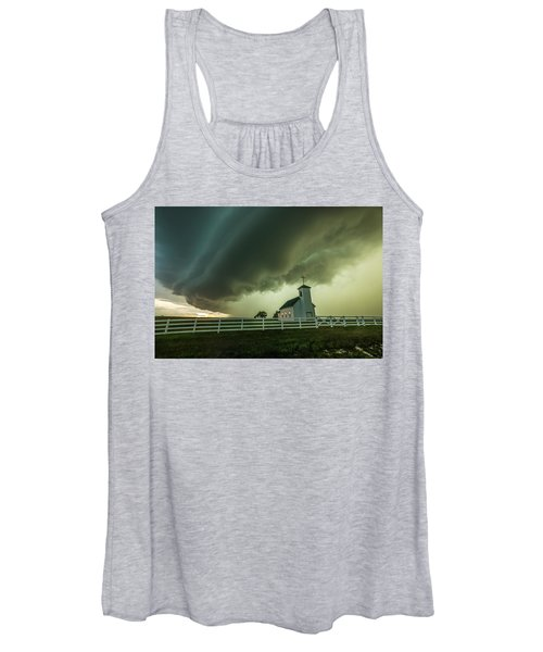 A Time To Pray Women's Tank Top