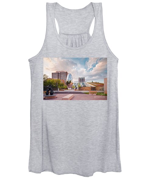 Architectural Photograph Of Anish Kapoor Cloud Column At The Glassell School Of Art - Mfa Houston  Women's Tank Top
