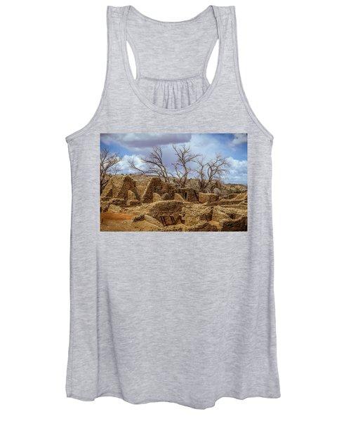 Aztec Ruins, New Mexico Women's Tank Top