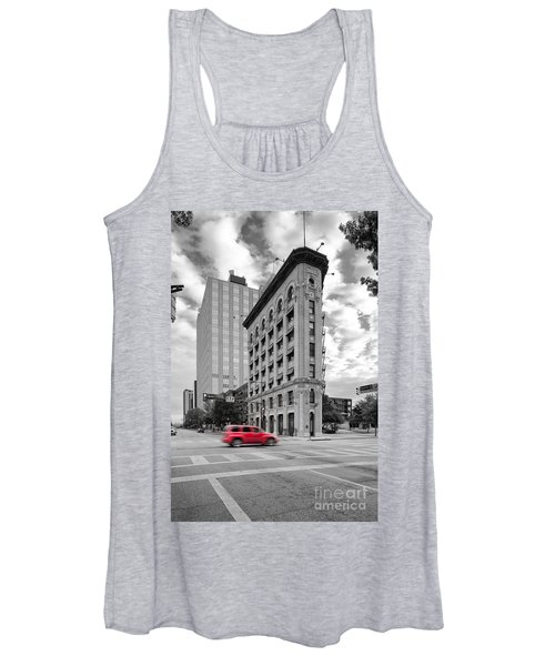 Black And White Photograph Of The Flatiron Building In Downtown Fort Worth - Texas Women's Tank Top