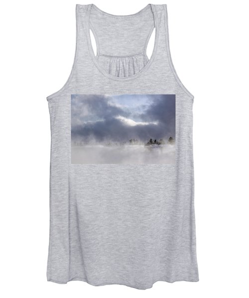 Blizzard In Bryce Canyon Women's Tank Top