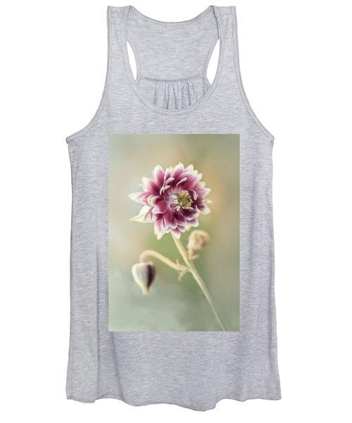Blooming Columbine Flower Women's Tank Top
