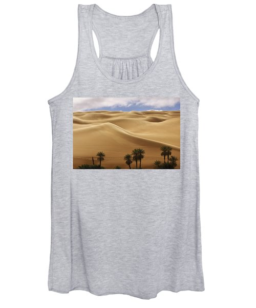 Breathtaking Sand Dunes Women's Tank Top