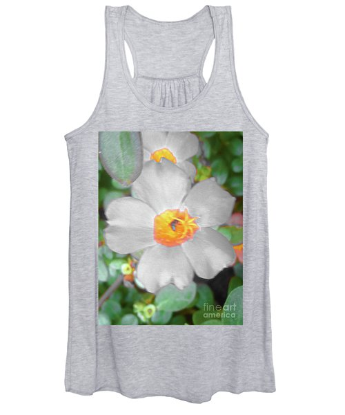 Bright White Vinca With Soft Green Women's Tank Top