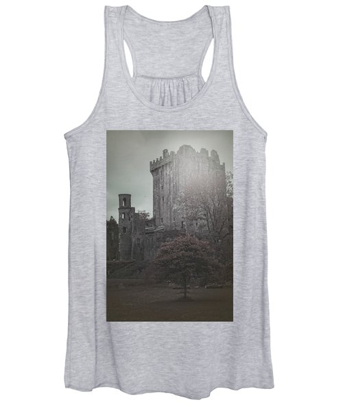Castle Vignette Women's Tank Top