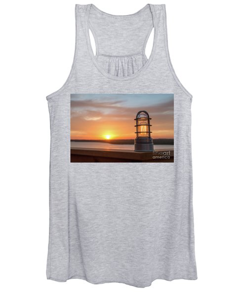 Closeup Of Light With Sunset In The Background Women's Tank Top