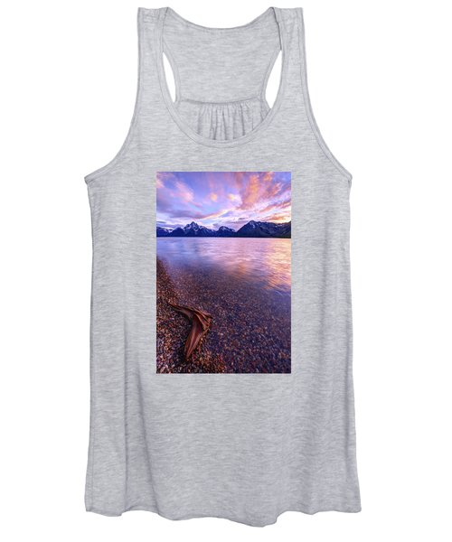 Clouds And Wind Women's Tank Top