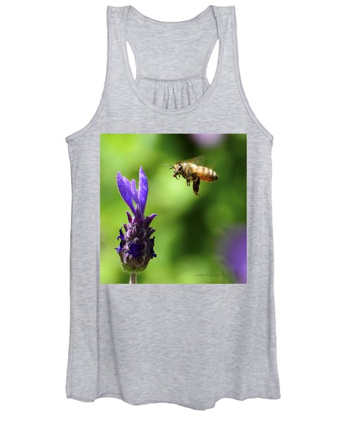 Coming In For A Landing Women's Tank Top