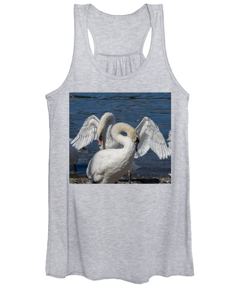 Courting Mute Swans Women's Tank Top