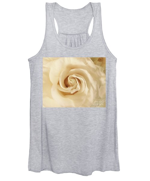Creamy Rose Women's Tank Top