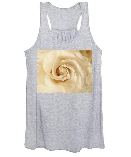 Creamy Rose Women's Tank Top