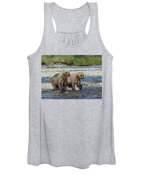 Cubs On The Prowl Women's Tank Top