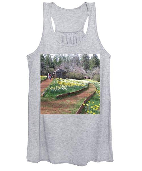 Daffodil Hill Pathway Women's Tank Top