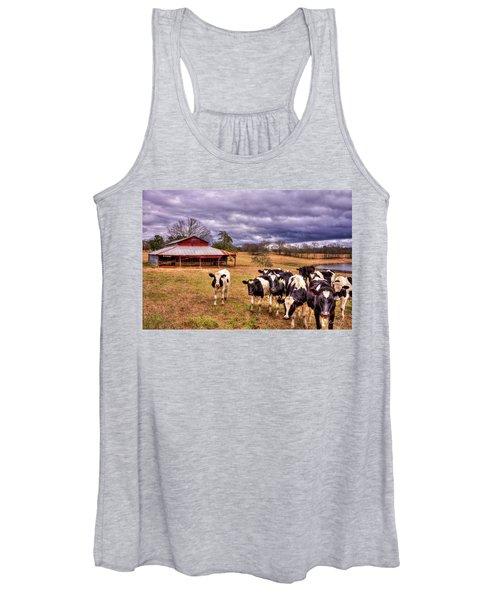 Dairy Heifer Groupies The Red Barn Dairy Farming Art Women's Tank Top