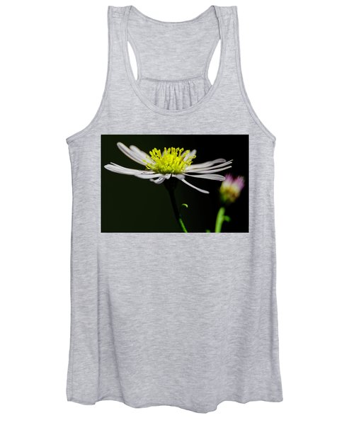 Daisy Center Stage Women's Tank Top