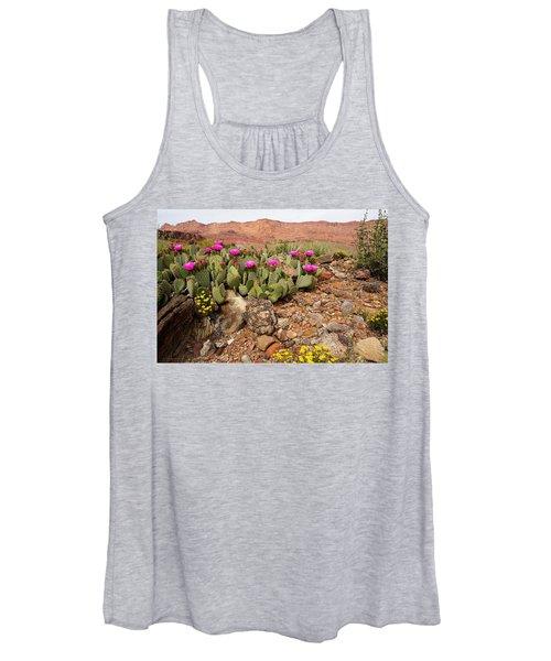 Desert Cactus In Bloom Women's Tank Top