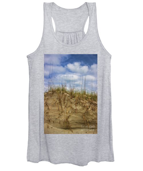 Digging In Deep In Sand Dunes Women's Tank Top