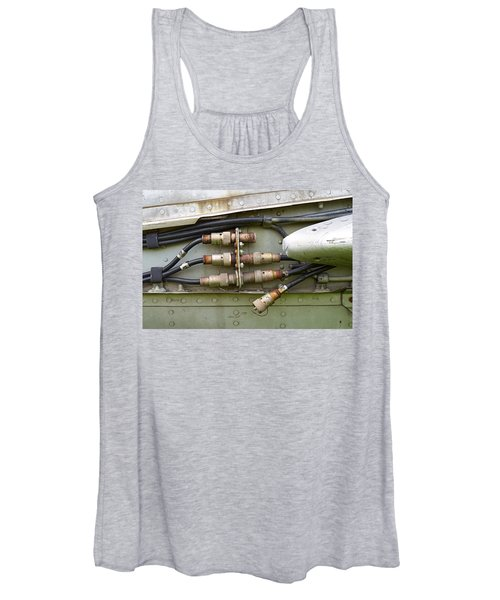 Disconnected Women's Tank Top