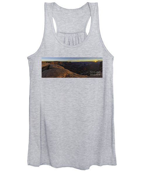 Dissolving Light Women's Tank Top