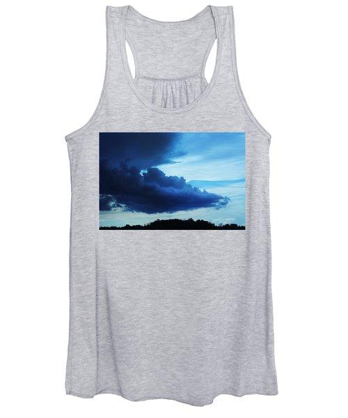 Dramatic Clouds Women's Tank Top
