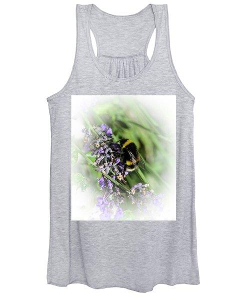 Dreamy Bumble Bee Women's Tank Top