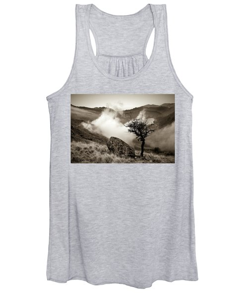 Early Mist, Nant Gwynant Women's Tank Top