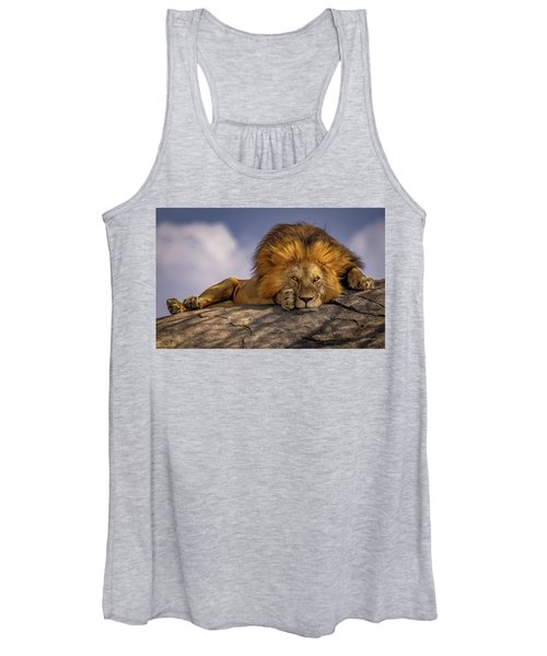 Eye Contact On The Serengeti Women's Tank Top