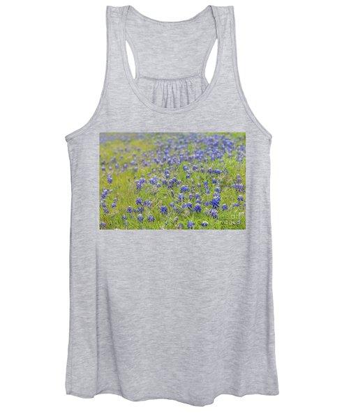 Field Of Blue Bonnet Flowers Women's Tank Top