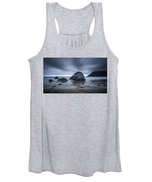 Flakstad Beach Women's Tank Top