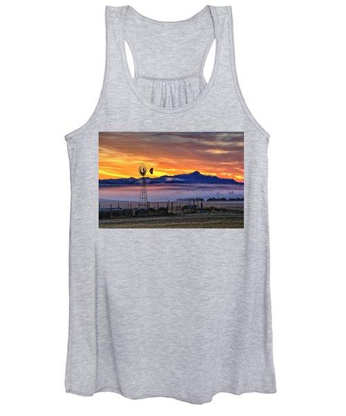 Foggy Spearfish Sunrise Women's Tank Top