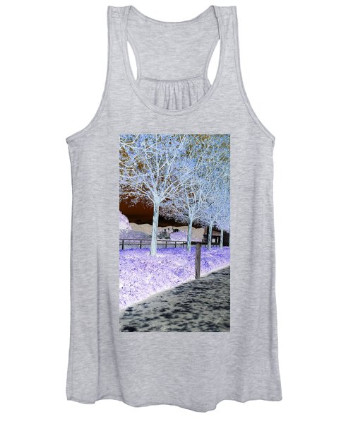Frosty Trees At The Getty Women's Tank Top
