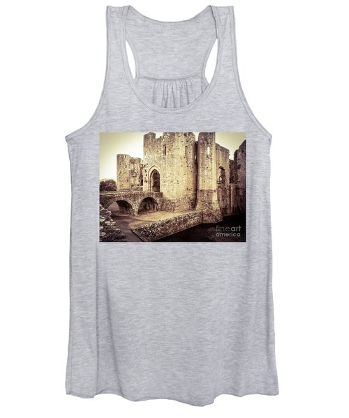 Glorious Raglan Castle Women's Tank Top