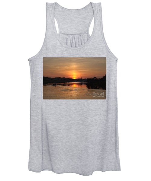 Glory Of The Morning On The Water Women's Tank Top