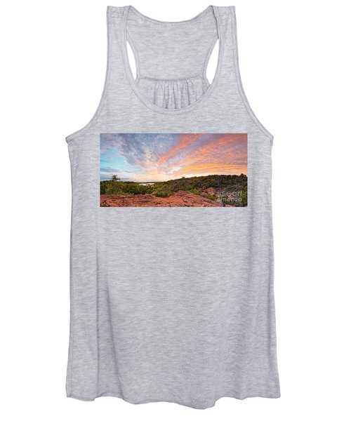 Granite Hills Of Inks Lake State Park Against Fiery Sunset - Burnet County Texas Hill Country Women's Tank Top