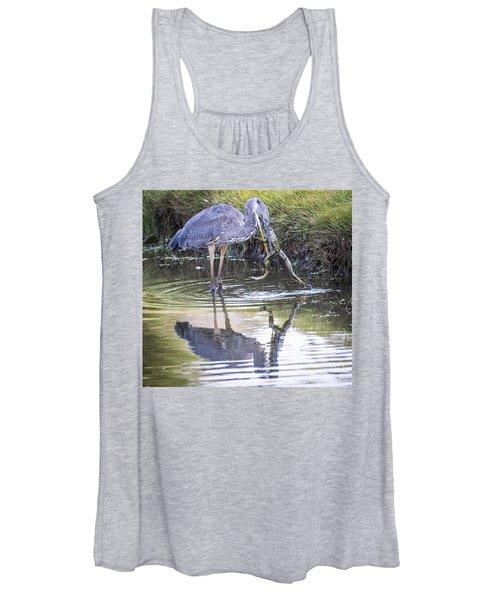Great Blue Heron Vs Huge Frog Women's Tank Top
