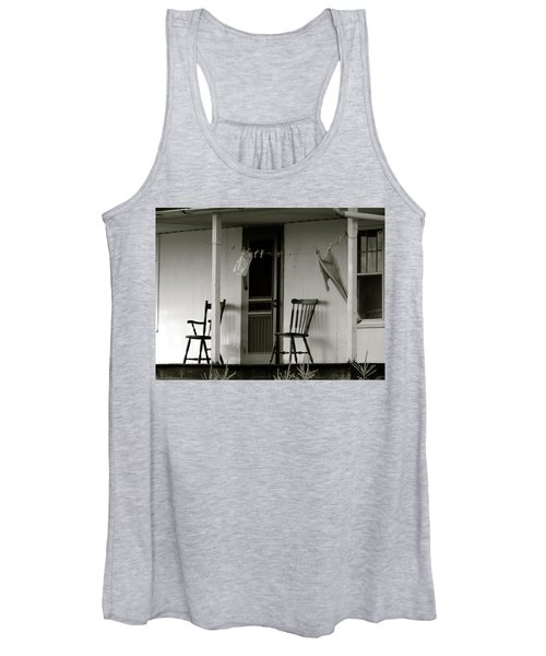 Hanging Out On The Porch Women's Tank Top