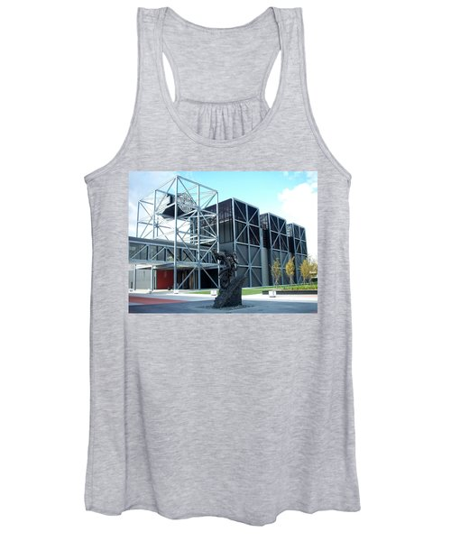 Harley Museum And Statue Women's Tank Top
