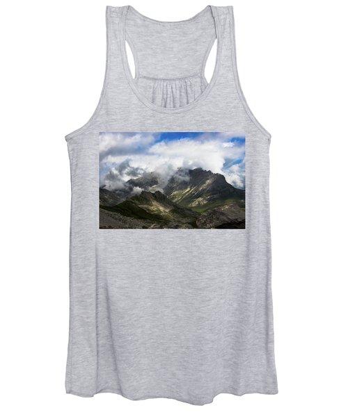 Head In The Clouds Women's Tank Top