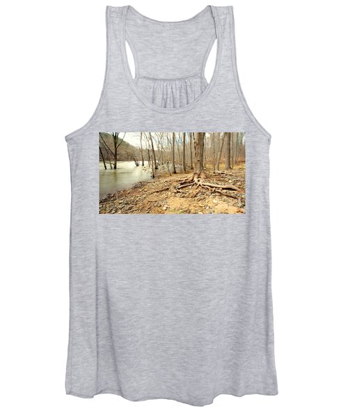Holding On Women's Tank Top