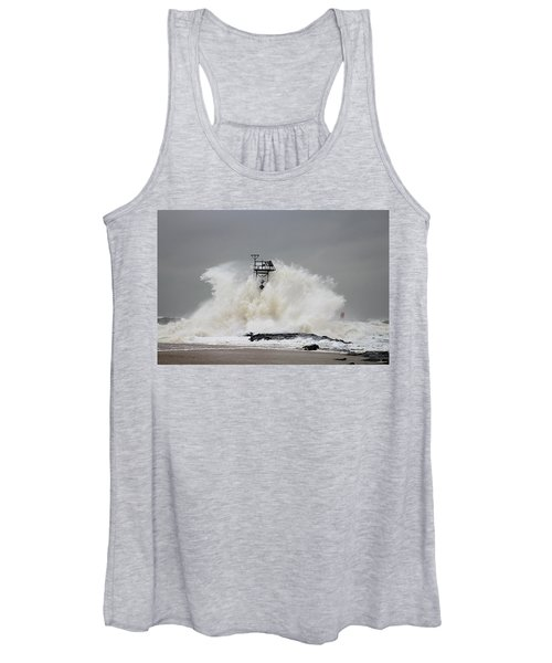 Hurricane Jose Wave At The Inlet Jetty Women's Tank Top
