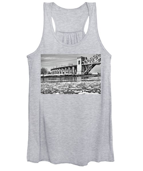 Ice Flows On The East River Women's Tank Top