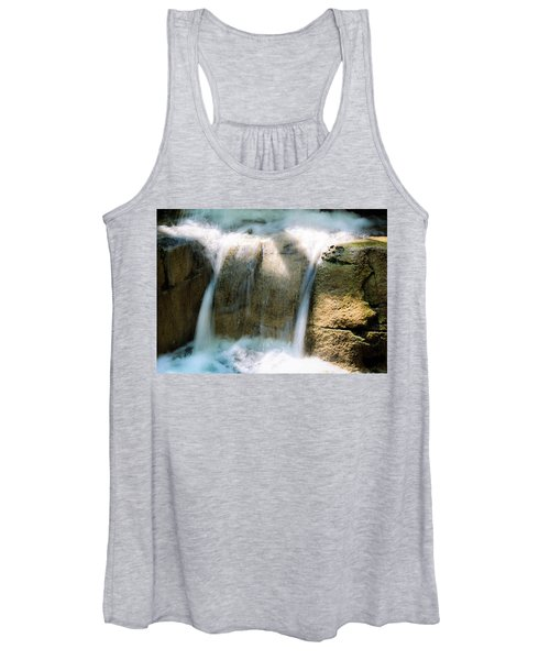 In The Pit Women's Tank Top