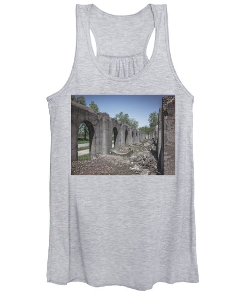 Into The Ruins 2 Women's Tank Top