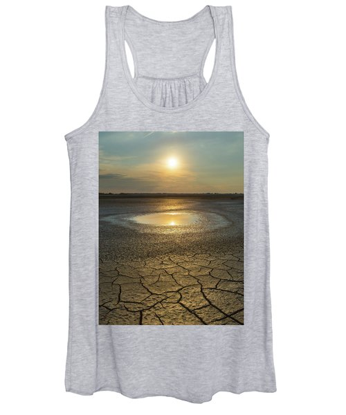 Lake On Fire Women's Tank Top