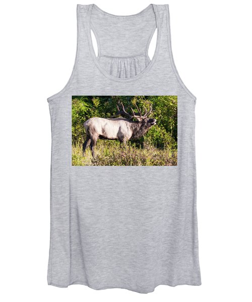 Large Bull Elk Bugling Women's Tank Top
